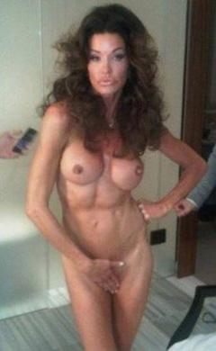 1. Janice Dickinson – nude photo shoot, 2011