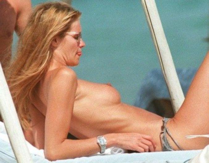 Elle Macpherson  Topless Sunbathing, 1995 10 Pics -2007