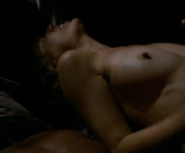 Kim dickens topless in treme scandalplanet com