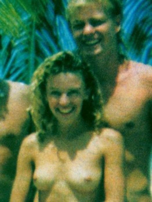 Minogue topless kylie Minogue Pics