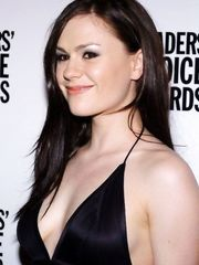 Anna Paquin Sexy – Reader's Choice Awards, 2005