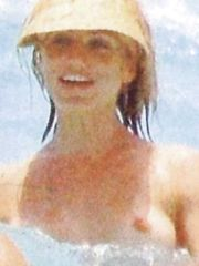 Cameron Diaz – Topless swimming, 2006