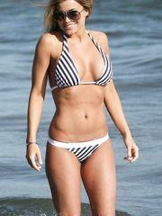 Carmen Electra – bikini at the beach, 2007