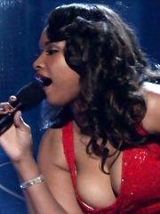 Jennifer Hudson Sexy – Oscars, 2007