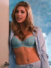 Katheryn Winnick Sexy – Love and Other Drugs, 2010