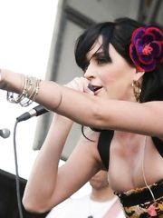 Katy Perry – Vans Warped Tour, 2008