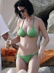 Katy Perry – green bikini, 2008