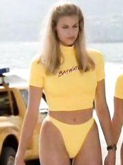 Kelly Packard Sexy – Baywatch, 1989