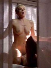 Kim Cattrall Naked – Sex and the City, 1998