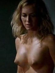 Kira Miro Naked – Desde que amanece apetece, 2005