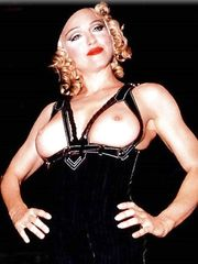 Madonna Topless – LA Fashion Show, 1992
