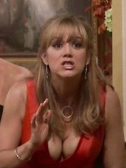 Megyn Price Cleavage – Rules of Engagement, 2008
