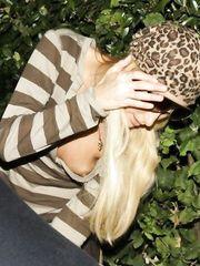 Paris Hilton – Nip slip, 2007