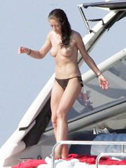 Rebecca Gayheart – topless on a yacht, 2007