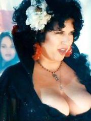 Rebekah Del Rio Cleavage – Southland Tales, 2006