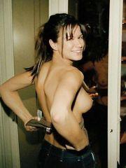 Rhona Mitra – Homemade Photos, 2005