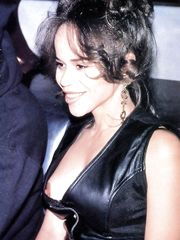 Rosie Perez – Nip slip, 2000