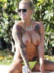 Sallie Axl – topless, 2013