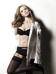 Sarah Michelle Gellar – sexy photoshoot, 2007
