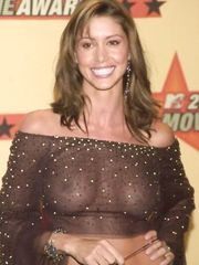 Shannon Elizabeth See Through – 2001 movie awards, 2001