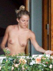 Sienna Miller – topless, 2008
