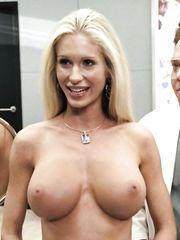 Vox nackt Yasmine  BIG TITS