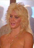 Nude Bella Donna