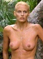 Nude Daryl Hannah