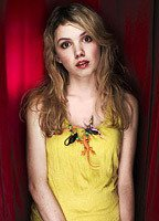 Nude Hannah Murray