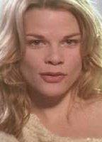 Nude Jennifer Macdonald