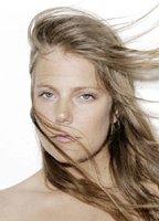 Nude Lise Bellynck