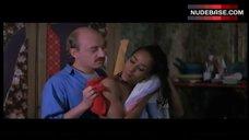 Mimi Felixine Topless Scene – Marche A L'Ombre