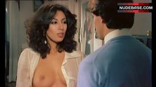 Annamaria Clementi Topless Scene – L' Infermiera Di Notte