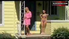 Alexis Dziena in Bikini – Broken Flowers