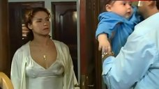 1. Liz Vega Breastfeeding – Mi Verdad