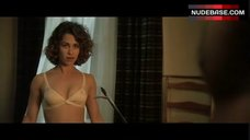 Sexy Julie Warner in Bra – Puppet Masters