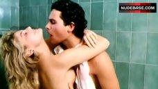 Patrizia Pellegrino Shows Tits – Vacanze D'Estate