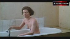 Sigourney Weaver Naked in Bathtub – Half Moon Street