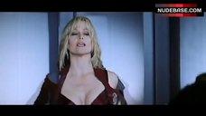Sexy Sigourney Weaver – Galaxy Quest