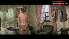 Raquel Welch in Wet Pants – Hannie Caulder