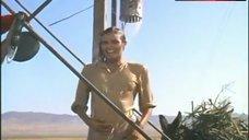 2. Raquel Welch in Wet Shirt – 100 Rifles