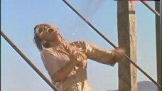 5. Raquel Welch in Wet Shirt – 100 Rifles
