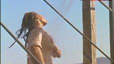 8. Raquel Welch in Wet Shirt – 100 Rifles
