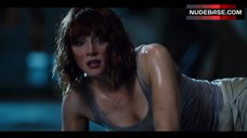 Bryce Dallas Howard in Tank Top – Jurassic World