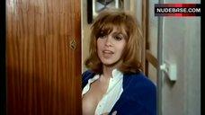Elisabeth Wiener Hot Scene – La Prisonniere