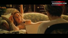 7. Naked Kate Winslet Drawing Scene – Titanic