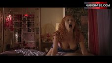 10. Busty Kate Winslet in Bra – Romance & Cigarettes