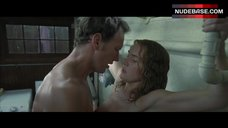 6. Kate Winslet Hot Sex Scene – Little Children