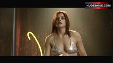 Irene Azuela Striptease – Bajo La Sal