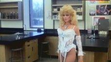 Judy Landers in Sexy Lingerie – Dr. Alien